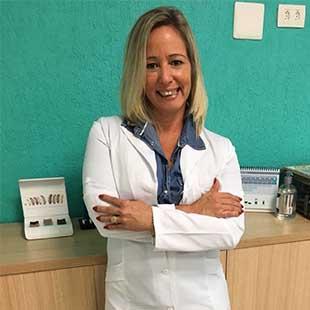 Maria Cecília Passos