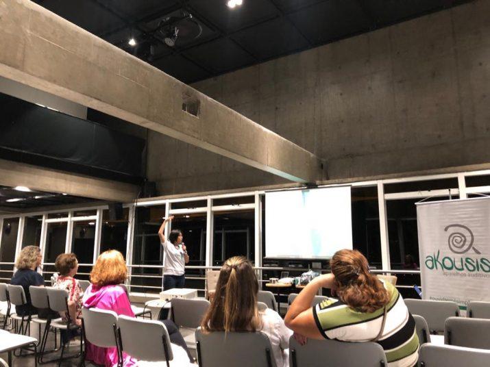 Akousis Aparelhos Auditivos participa de eventos que são referências para o público maduro.